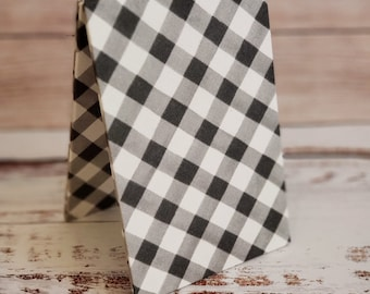 Fabric Easel, Premade Cross Stitch Finishing Piece, Flatfold, Cross Stitch Finishing, Finishing Service, Gray and White Large Buffalo Check