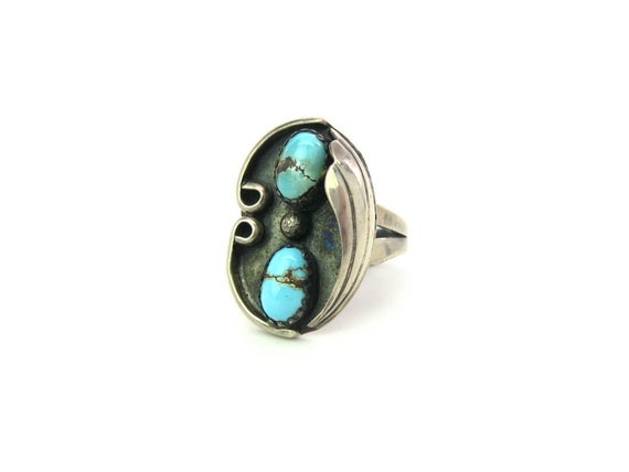 Southwestern Navajo Style Turquoise Sterling Silver Ring. Leaf Overlay. Oxidized Vintage Native American