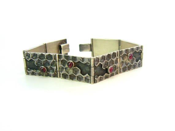 Vintage Artisan Sterling Silver Honeycomb Garnet Bracelet
