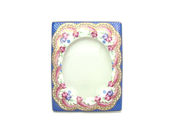 Vintage Cottage Chic Picture Frame by Lefton China. Rose Garland w/ Gold Accents. Boudoir Vanity Table