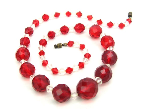 Vintage Art Deco Red Czech Glass Bead Choker Necklace. 1930s Jewelry.