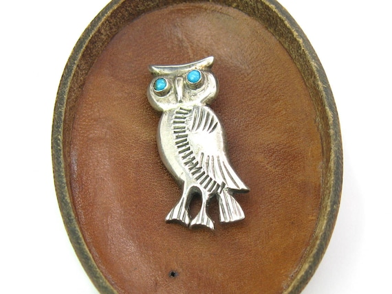 Vintage Navajo Owl Brooch w/ Turquoise Eyes. Hand Stamped Sterling Silver Bird. Native American Jewelry