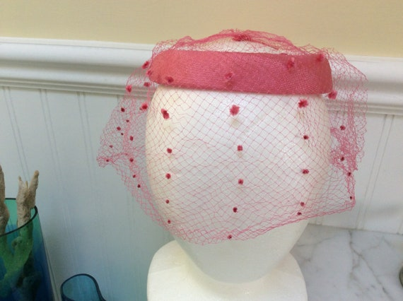 Vintage Fascinator Hot Pink with Veil
