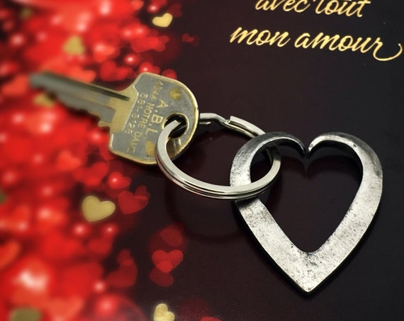 VALENTINES KEYCHAIN Forged Heart by Blacksmith Naz - Personalization Option Available - Gift for Her Him Girlfriend Boyfriend Husband Wife