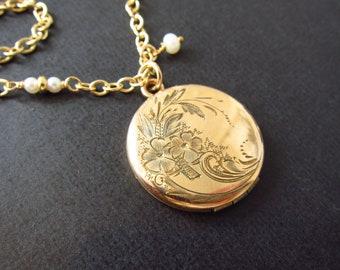 Antique Gold Locket, Edwardian floral round locket, Fine Estate Jewelry, picture locket, personalized necklace, Two Girls Gems