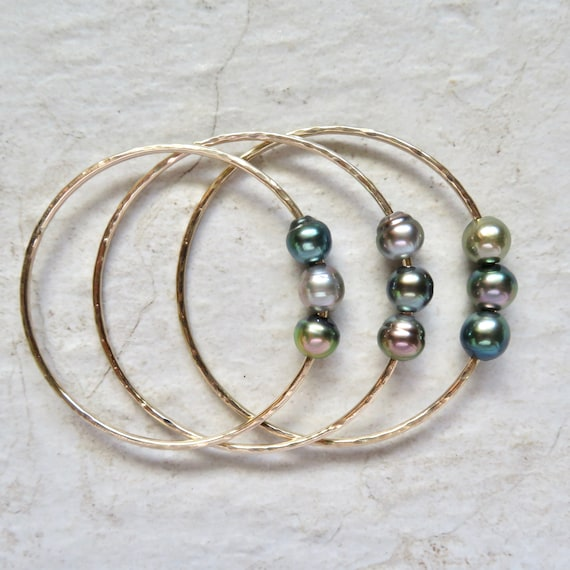 Triple Tahitian Pearl Bangle Gold Hammered Bracelet Genuine Etsy