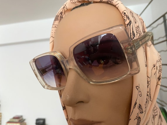 1960s Givenchy Tania  Rare Clear Perspex  Sunglas… - image 10