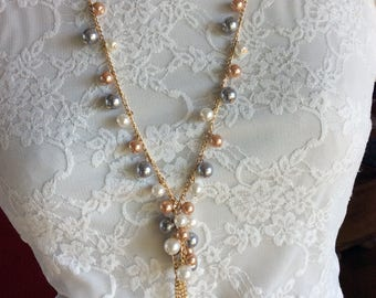 Ivory and gray Cluster Necklace, Bridal Jewelry, Off White Necklace, Chunky Pearls, Pearl Cluster Necklace