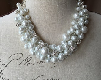 Chunky Pearl necklace, wedding jewelry, white Pearl necklace, cluster Pearl necklace