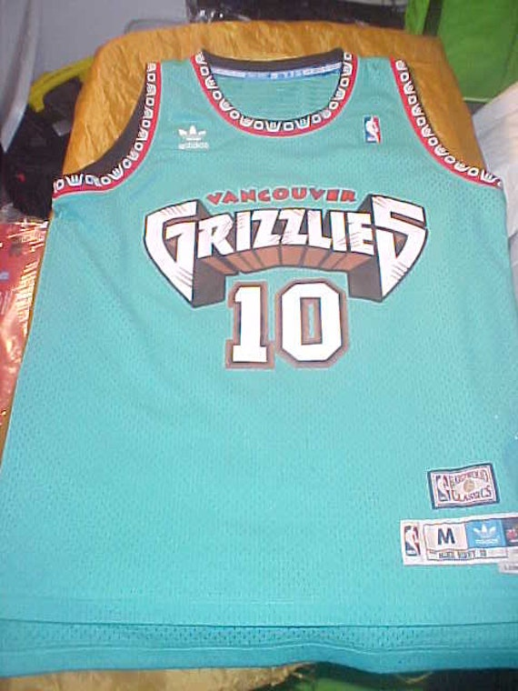 f5784101660f Bibby Vancouver Grizzlies 10 Adidas HardWood Classics size M