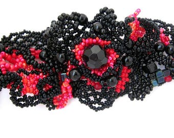 Beaded bracelet, Black and red jewelry, Unique beaded bracelet, Gift for women, Statement jewelry, Seed bead bracelet, Freeform peyote