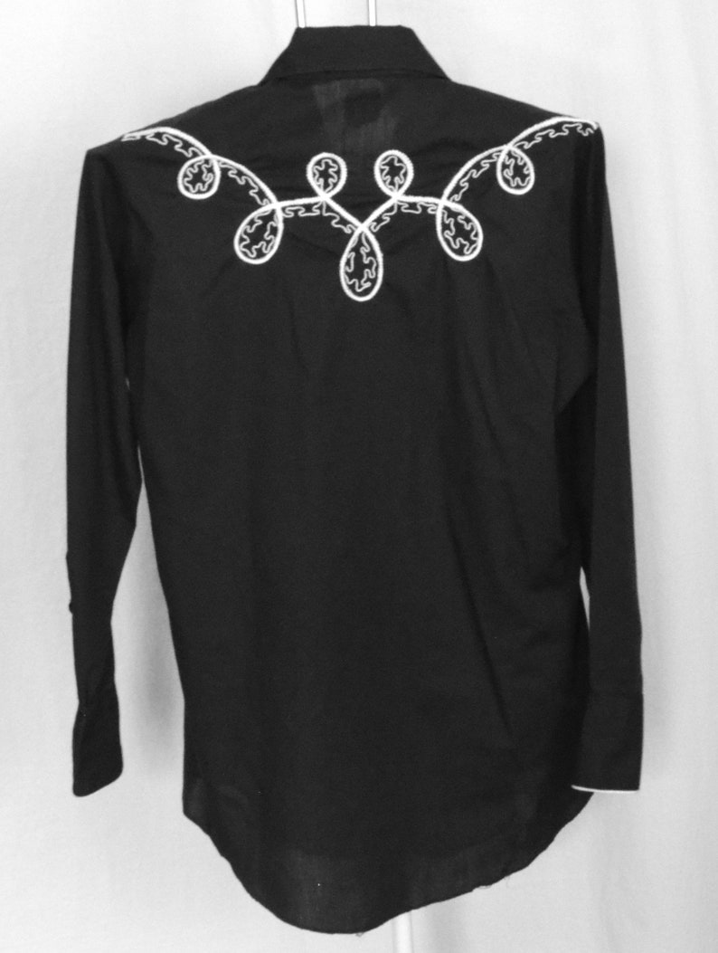 Black Western Shirt Mens Medium Karman Pearl Snap Long Sleeve Imbroidered Embroidered Cowboy Rodeo Fitted