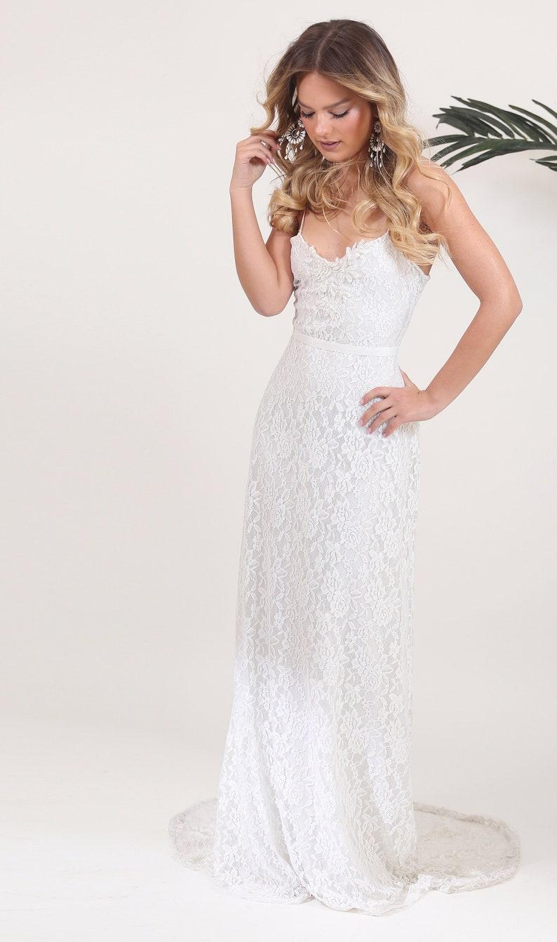 Sweetheart Neckline Wedding Dress.Wedding Dress Bohemian Sweetheart Neckline Bridal Gown Tube Wedding Dress Casual Fitted Wedding Dress Lace Wedding Dress With Long Train