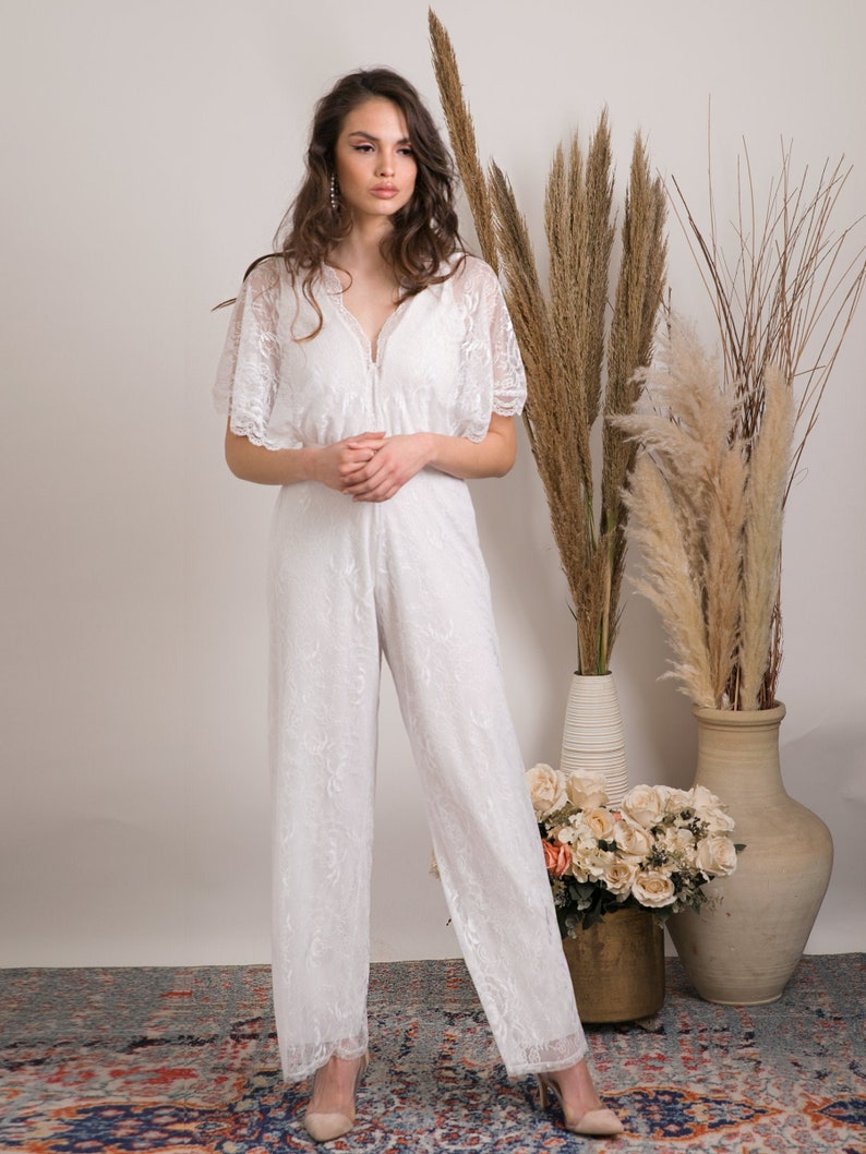 Wedding jumpsuit for the boho bride. A effortlessly beautiful image 0