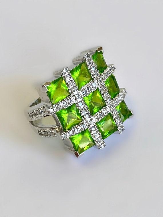 Sterling Silver Peridot Estate Ring Green Stone Mu