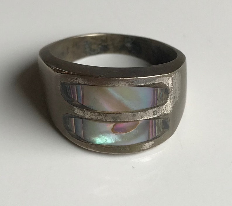 Silver Tone Abalone Man/'s Ring-Size 11 34