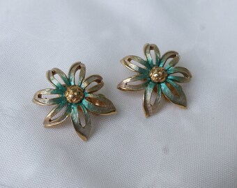 Vintage Gold Blue Clip On Earrings