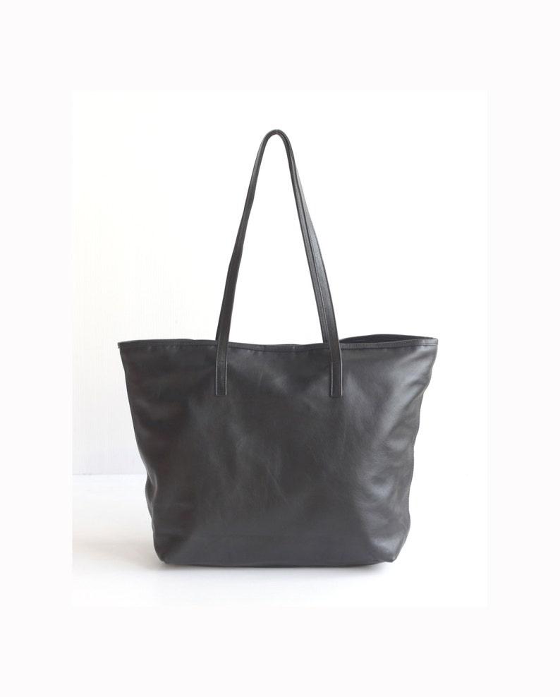 9dd0329315 JAIMEE Large Leather Tote bag. Black Leather Bag. Tote Zipper