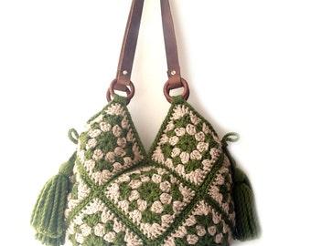 bf3b4b7e2247 Large shoulder bag hippie crochet handbag big carryall large tote bag boho  crochet bag large crochet purse with tassel women big purse green