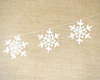 Crochet snowflakes garland Christmas decoration rustic xmas ornaments hanging christmas garland rustic christmas decor holiday banner winter
