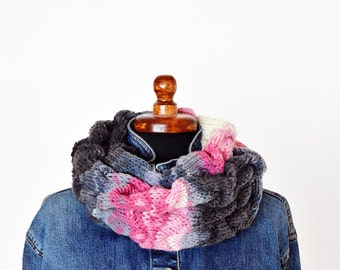 Pink grey cable knit infinity scarf, double wrapped infinity scarf, ruffle neckwarmer scarf, chunky knit scarf, cable knit scarf, pink scarf