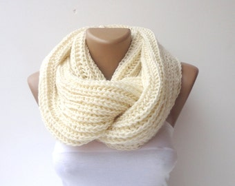 Knit Scarf , Ivory color Knit Infinity Scarf Scarves Womens Accessories Mens Chunky Knit Scarf Cowl Scarf Winter Scarves Circle Scarf / gift