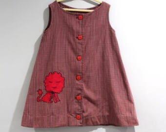 Vintage Girls Size 5 Dress Red Black Plaid Sleeveless Lion Applique