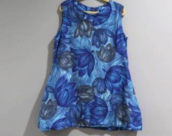 Vintage Girls Size 4 5 Sleeveless Top Blue Floral   C