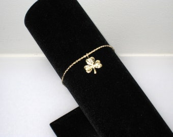 "14K Gold Rope Bracelet With Etched 3 Leaf Clover Charm, Pendant, 7.25"" x 1.5mm, Twisted Chain, Vintage Shamrock Jewelry"