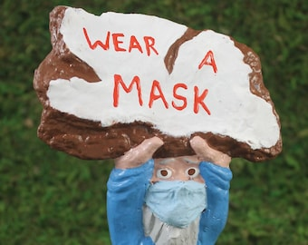 Zombie Gnomes:  The Masked Dan