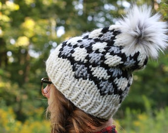 Slouchy Knit Textured Winter Hat / THE POLAR