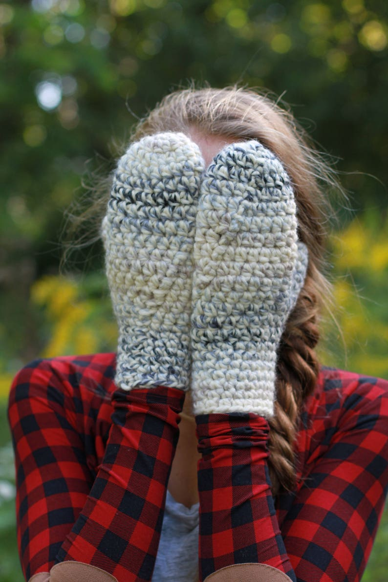 7dc613fb5661 Chunky Knit Mittens   THE OLLIES in Moonlight   36 Custom