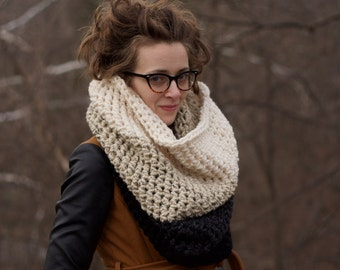 Extra Chunky Ombre Large Crochet Cowl / THE HIGHRISE