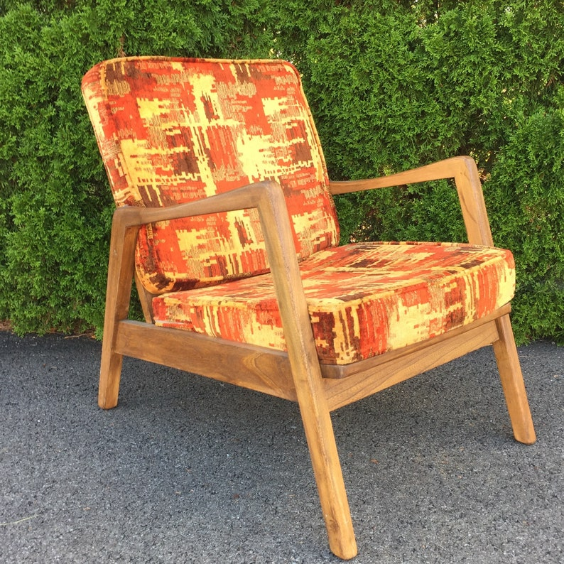 Amazing Mcm Danish Style Lounge Chair With Fabulous Upholstery Download Free Architecture Designs Griteanizatbritishbridgeorg