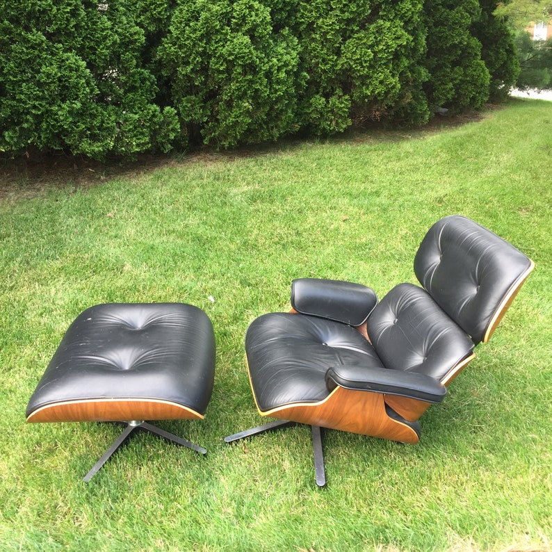 Pleasant Authentic Eames Lounge Chair And Ottoman Manufactured By Herman Miller Uwap Interior Chair Design Uwaporg