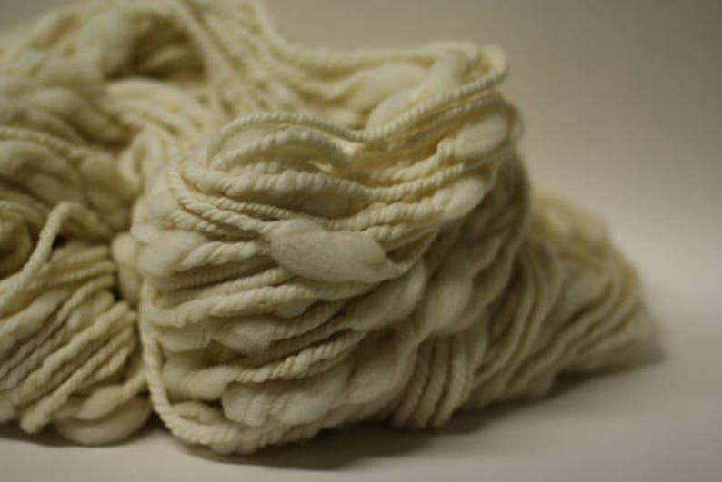 tm Yarn Handspun Thick n Thin Wool Slub TtS Bulk Ecru Natural White Undyed Triple Ply Art Super Bulky Chunky One-pounder