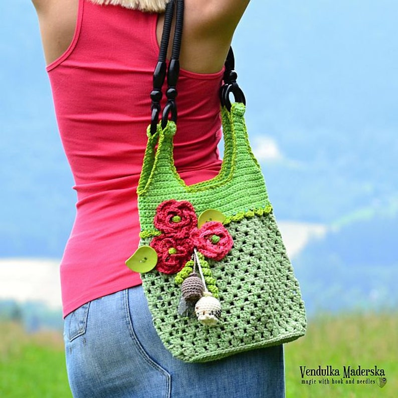 Crochet bag with red poppies  crochet pattern DIY image 0