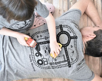 Gray Ecofriendly Dads Playmat T-shirt