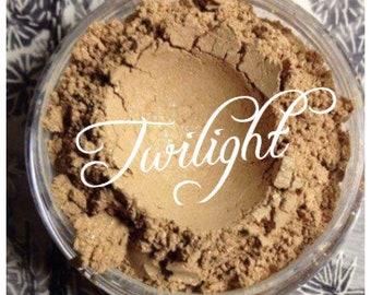 TWILIGHT Mineral Face powder. Highlighting the face w/ Gold Shimmer Powder Vegan All Natural Organic Jojoba and essential oils Vitamin E
