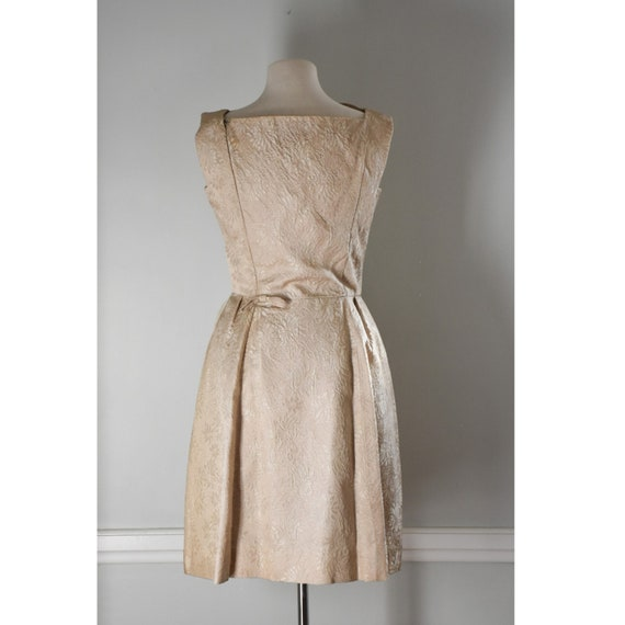 50s / 60s Vintage Brocade Dress - image 6