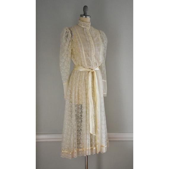 Vintage Lace Gunne Sax Dress - image 4