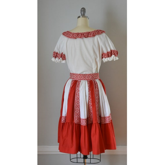Vintage Patio Skirt and Blouses - image 6