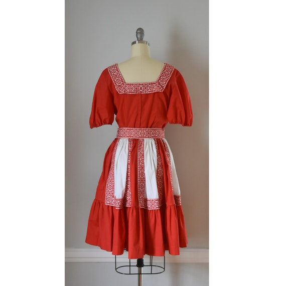 Vintage Patio Skirt and Blouses - image 7