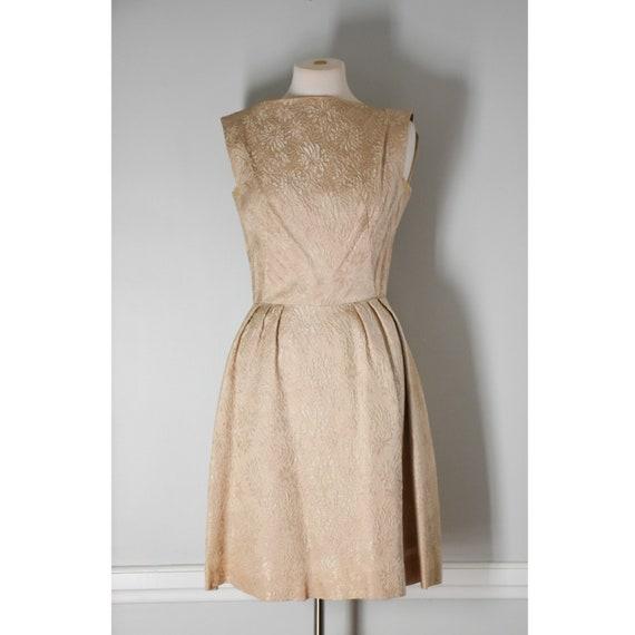 50s / 60s Vintage Brocade Dress - image 3