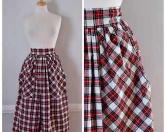 Vintage Skirt / Vintage 70s Skirt / Tartan Plaid Skirt / Plaid Skirt / Midi Skirt / Red and White / High Waist Skirt / Size Small