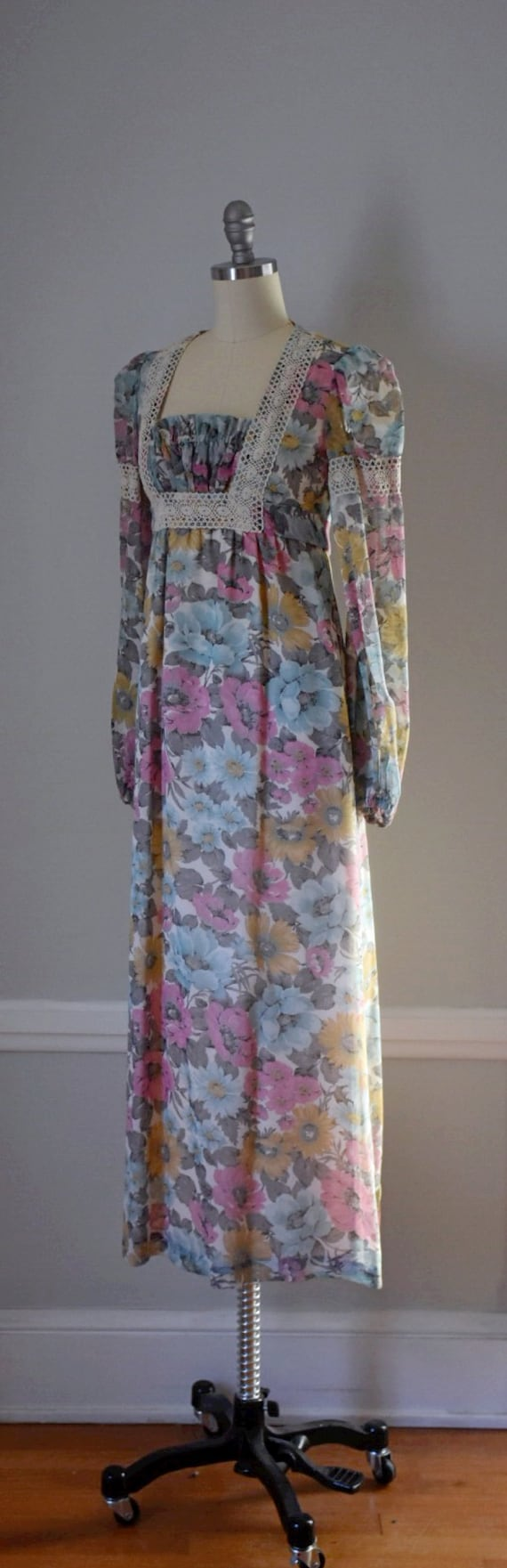 Vintage 70s Prairie Dress - image 4