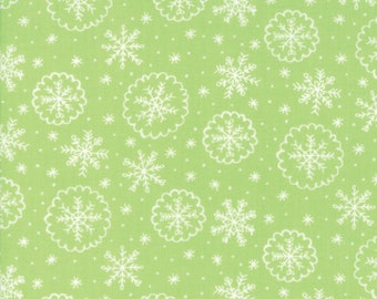 LAST PIECE Fat Quarter Snow Day Let it Snow in Sprig, Stacy Iest Hsu, 100% Cotton Fabric, Moda Fabrics, 20635 16