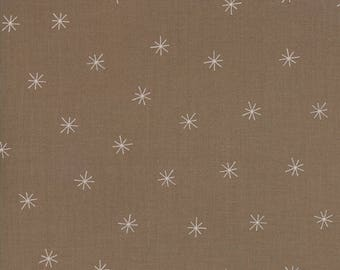 Merrily Snowy Stars in Cocoa Brown,  Gingiber, 100% Cotton, Moda Fabrics, 48213 29
