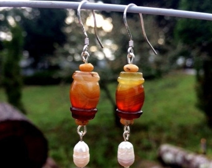 Featured listing image: SALE - Agate and Freshwater Pearl Earrings