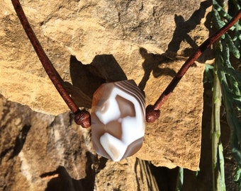 Banded Agate and Leather Necklace
